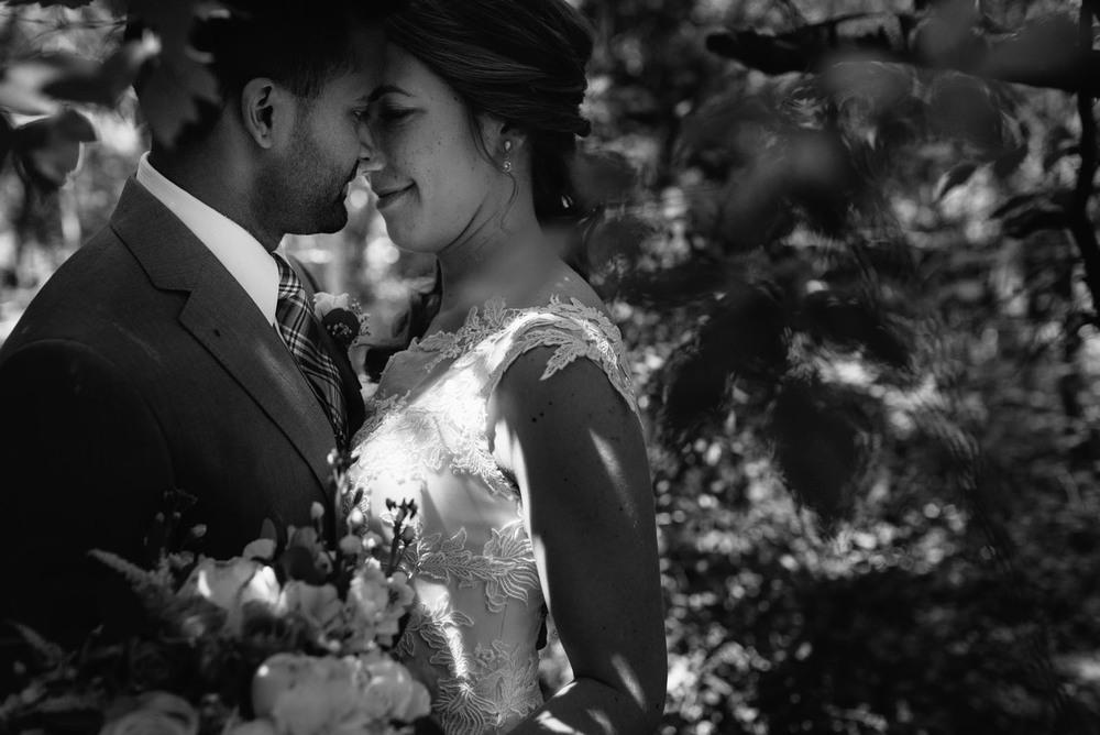 minneapolis-heartfelt-wedding-photography.jpg