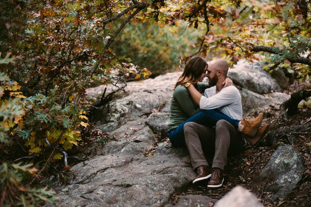 heartfelt-engagement-photography-minnesota.jpg