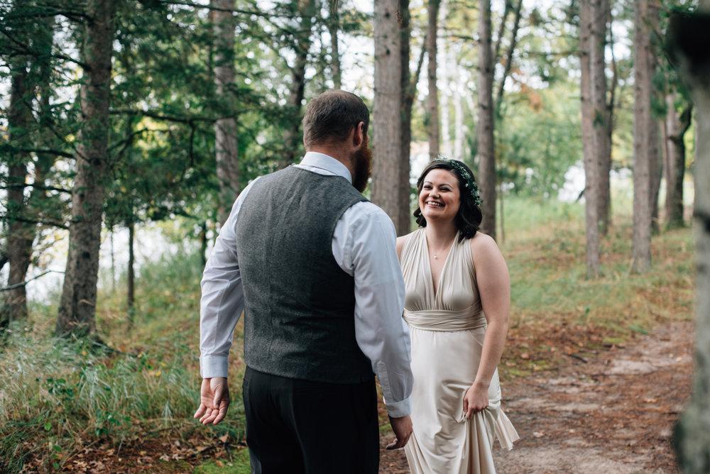 brainerd-cabin-wedding-photographer-1-12.jpg