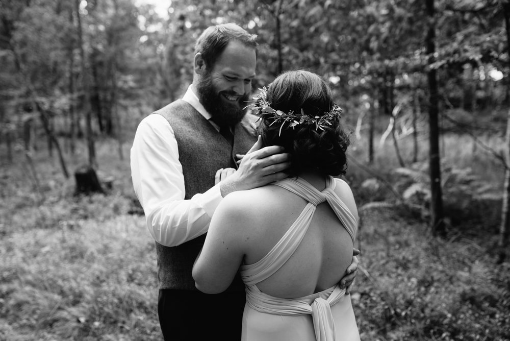 brainerd-cabin-wedding-photographer-1-23.jpg