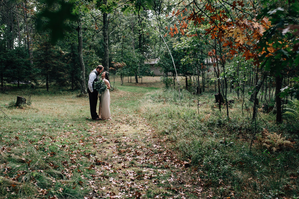 brainerd-cabin-wedding-photographer-1-21.jpg