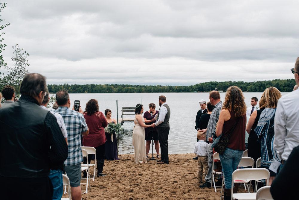 brainerd-cabin-wedding-photographer-1-41.jpg