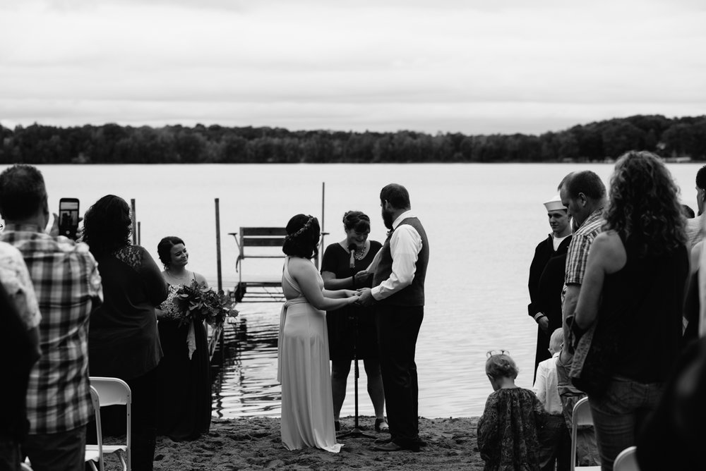 brainerd-cabin-wedding-photographer-1-46.jpg
