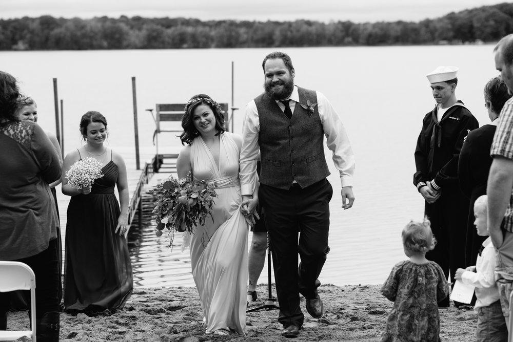 brainerd-cabin-wedding-photographer-1-51.jpg