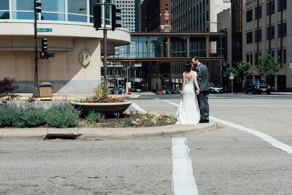 harriet-island-wedding-photographer-1-16.jpg