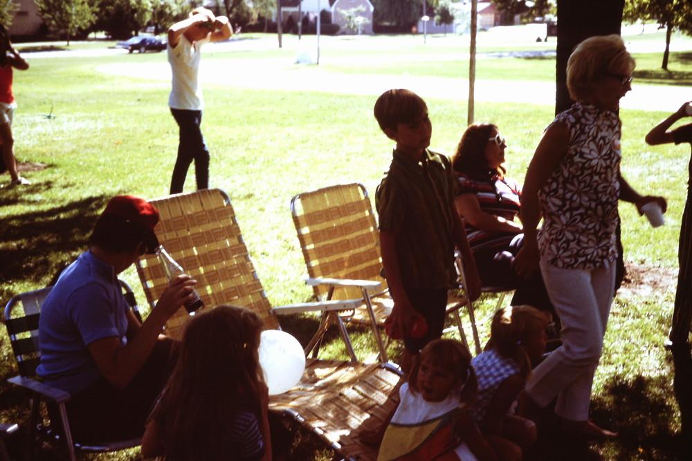 Sept 1971 POP Picnic at LHSA (2).JPG