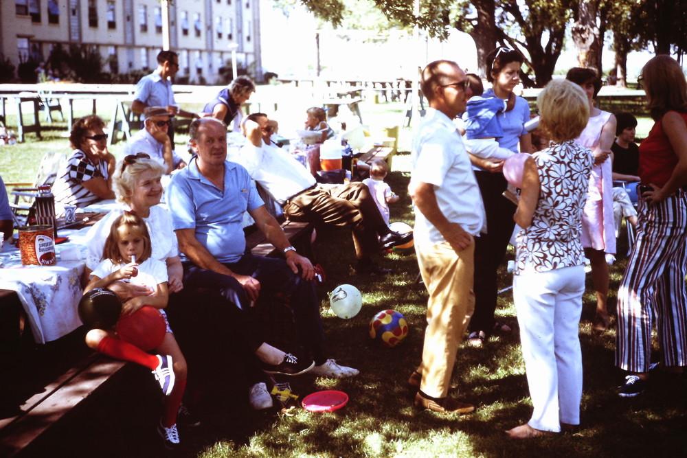 Sept 1971 POP picnic at LHSA.jpg