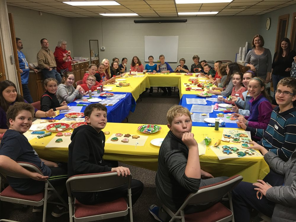 Students decorating Christmas Cookies!