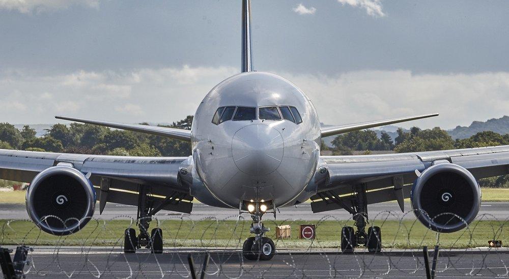 aircraft-994943_1280.jpg