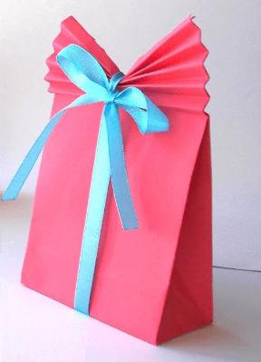 DIY-Gift-Bag-1.png