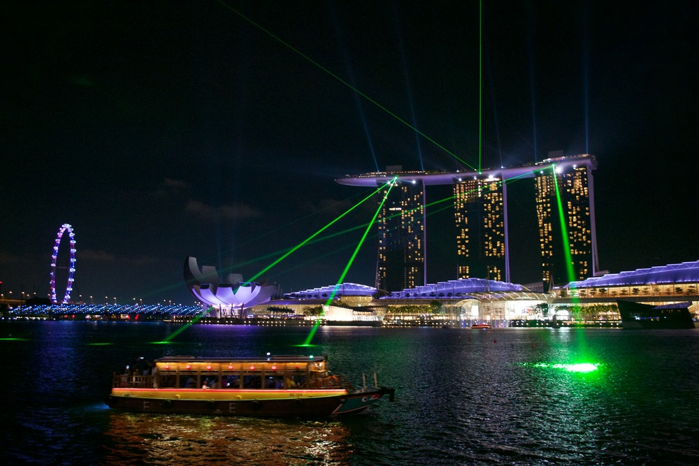 Every hour after it got dark I would witness a spectacular lights-show from Marina Bay Sands.