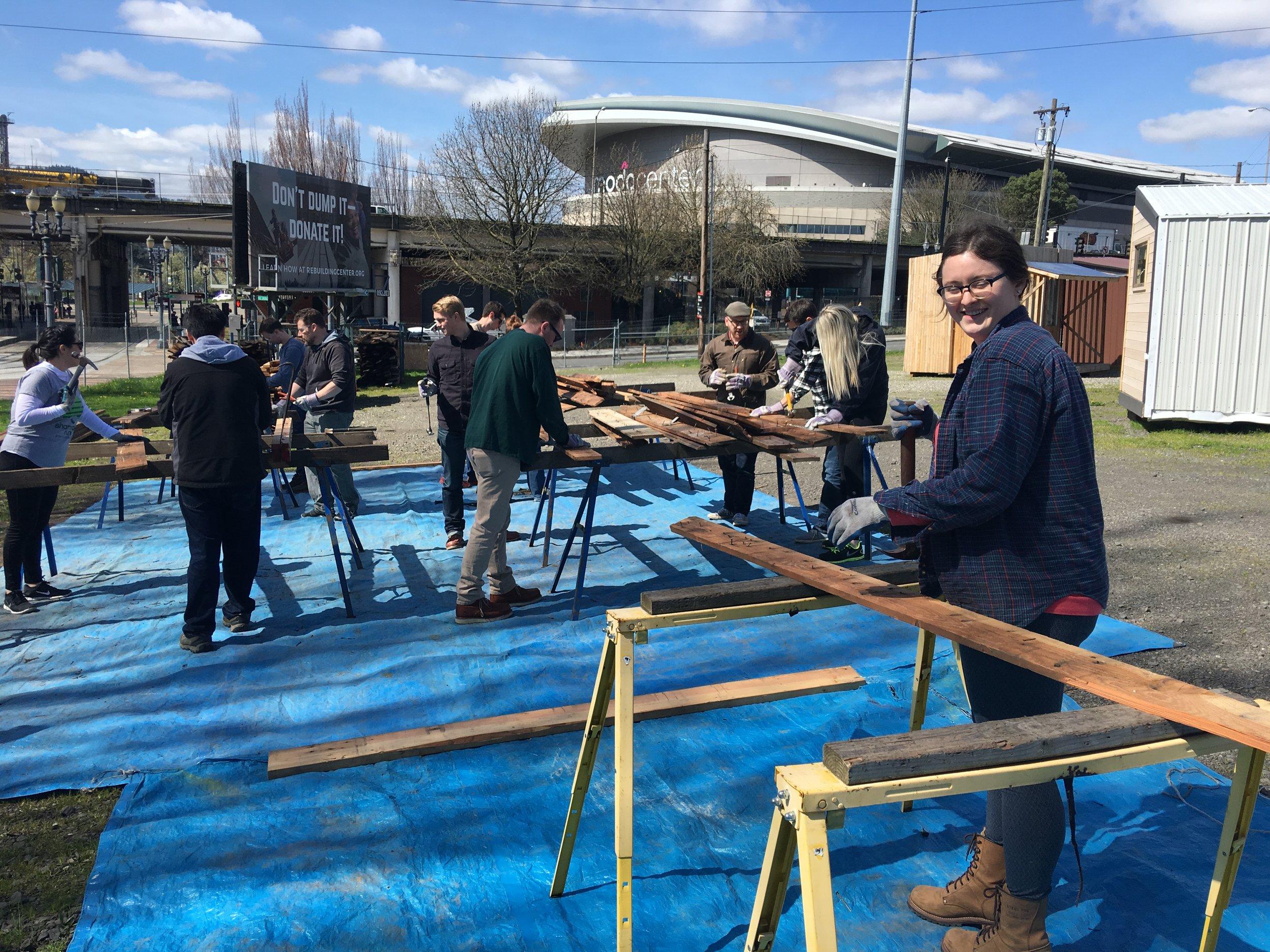 Volunteer Opportunities In Portland Oregon Rebuilding Center Rebuilding Center