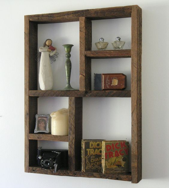 Reclaimed Wood Boxshelf - Photo credit: ReclaimedTrends