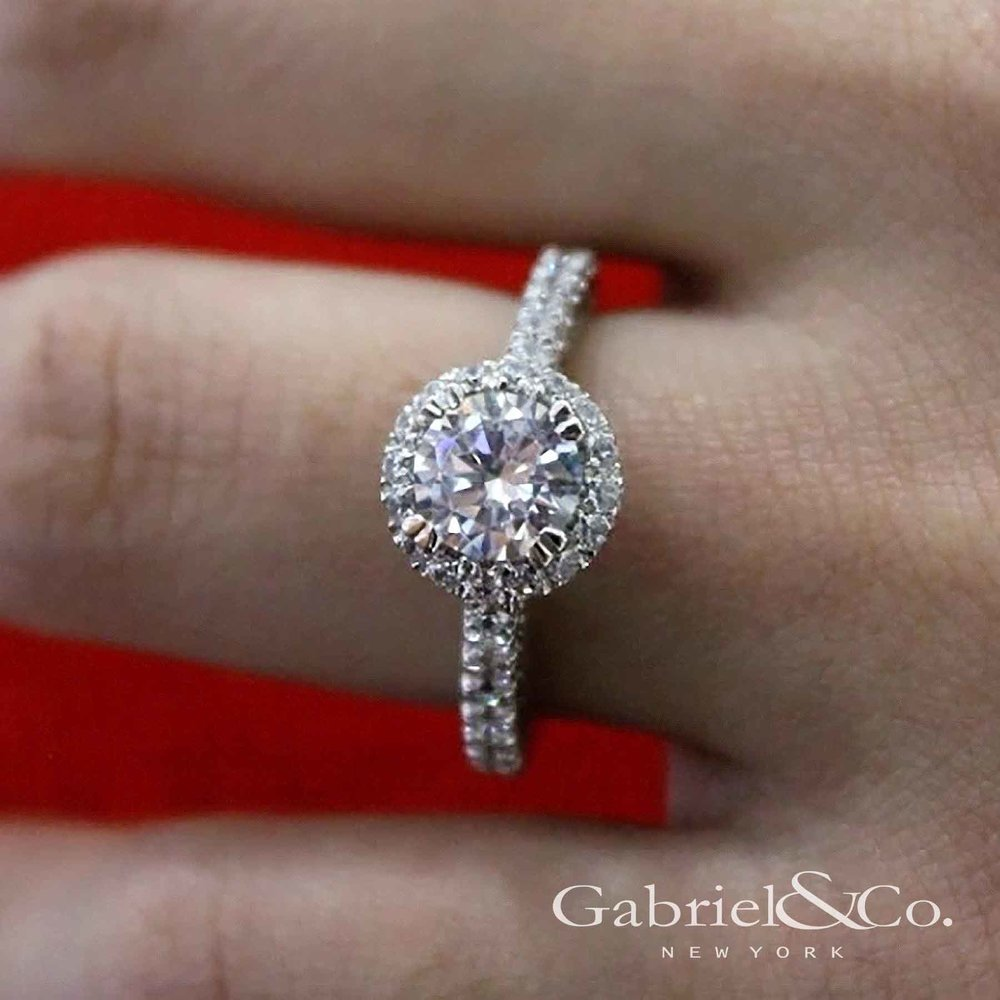 gabriel engagement ring.jpg