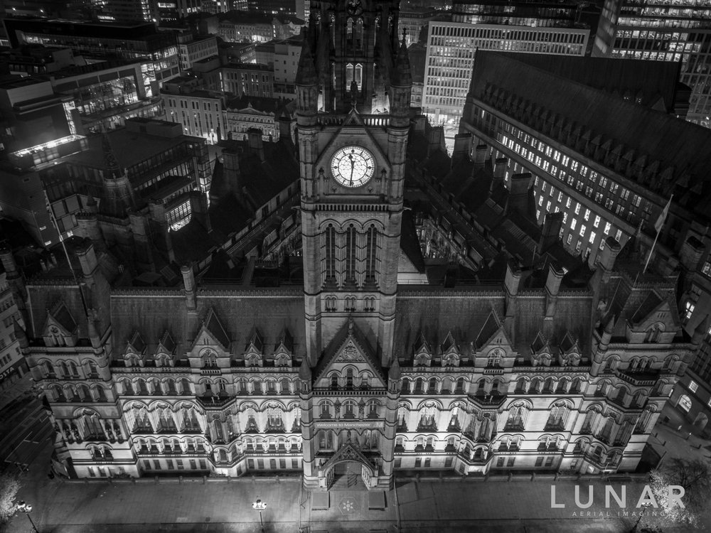 Aerial photo of Manchester Town Hall