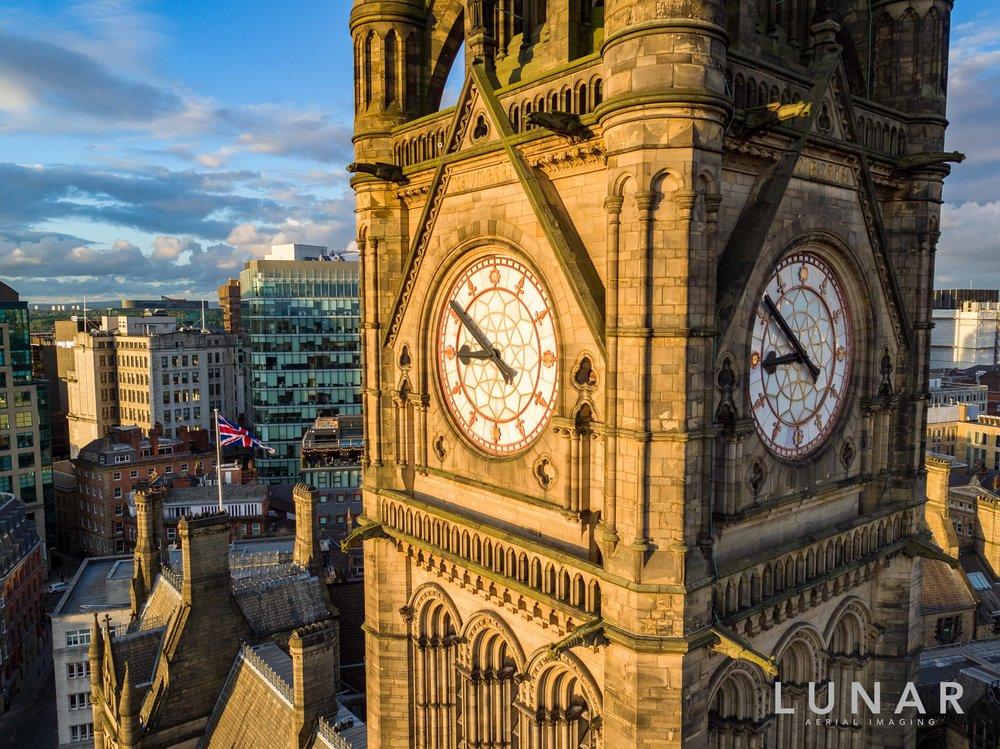 Manchetser Town Hall Clock.jpg