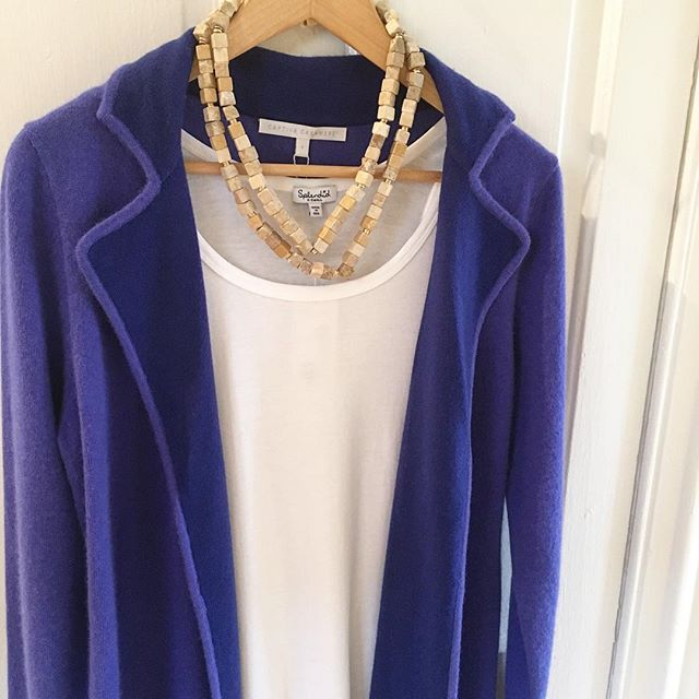 Nothing like a sapphire blue cashmere sweater to brighten up a rainy day ☔️☔️☔️ #cashmere #cozy #rainyday #color #boutique #shoplocal #sweater #style #ootd #jewelry #shermanpickey
