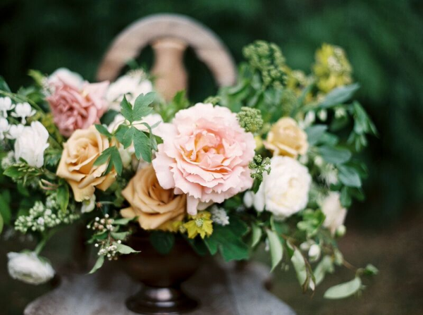 pastel wedding flowers in CA by foraged floral
