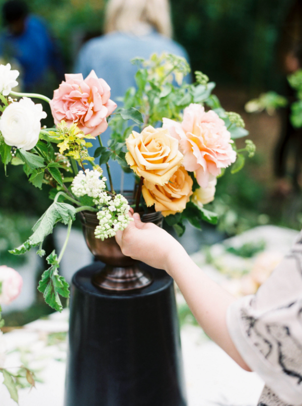 portland oregon wedding florist - foraged floral