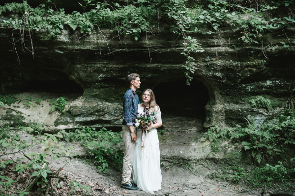 Wedding Elopement flowers in Starved Rock by Foraged Floral in Portland, OR