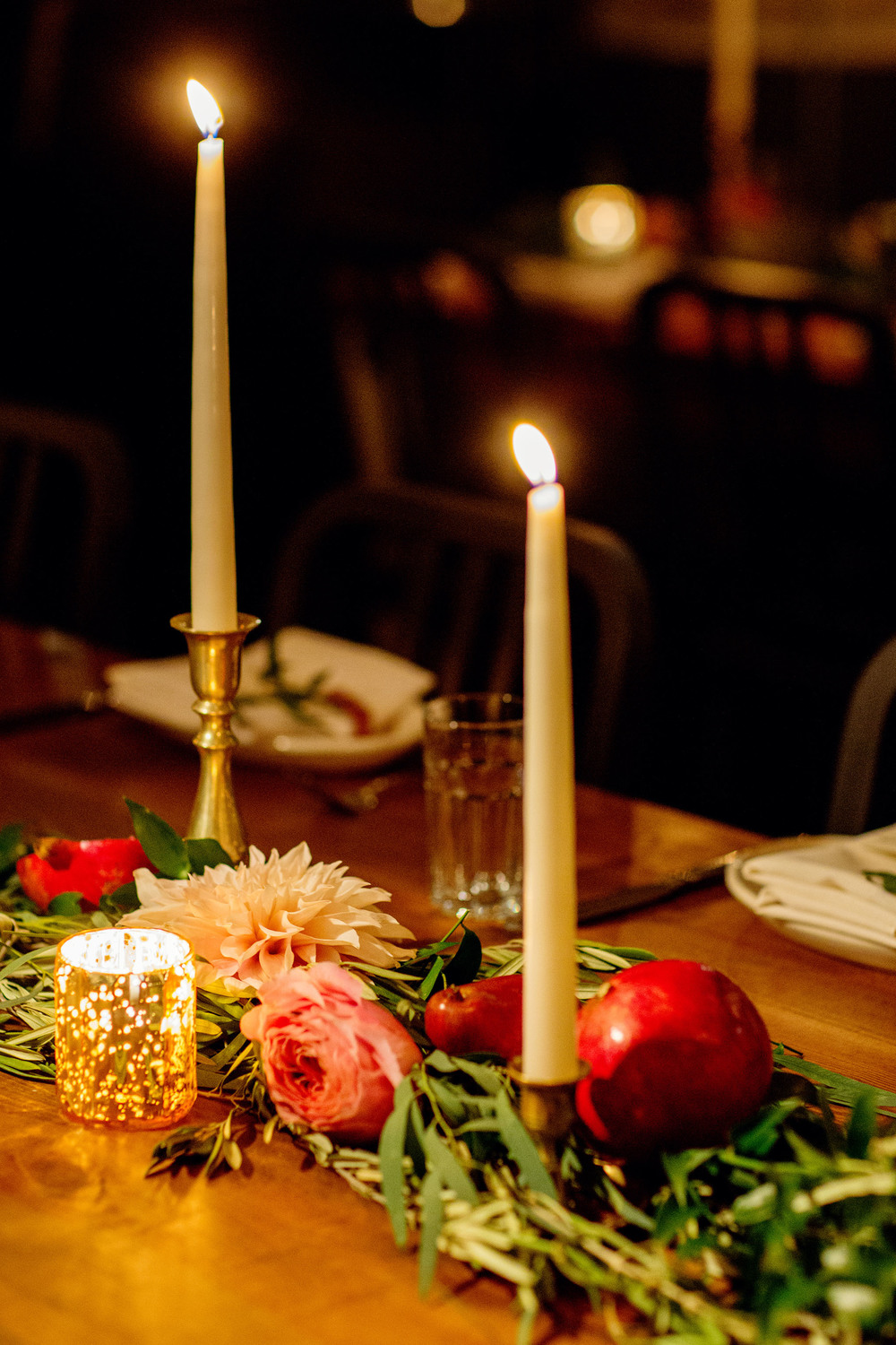 wedding garland on dinner table.jpg