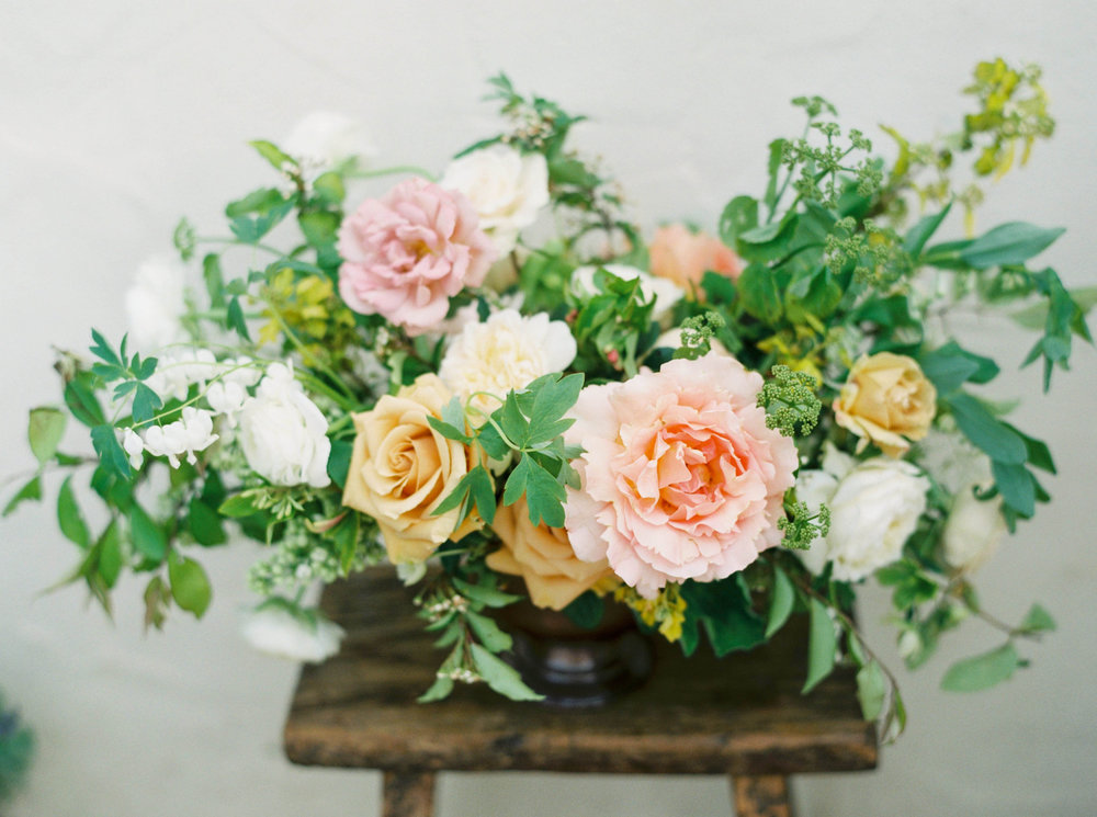 spring floral wedding centerpiece.jpg