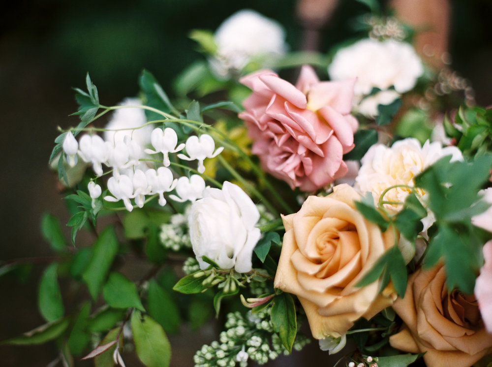 spring wedding flowers in pastel colors.jpg