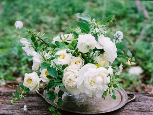 white and green floral wedding centerpiece