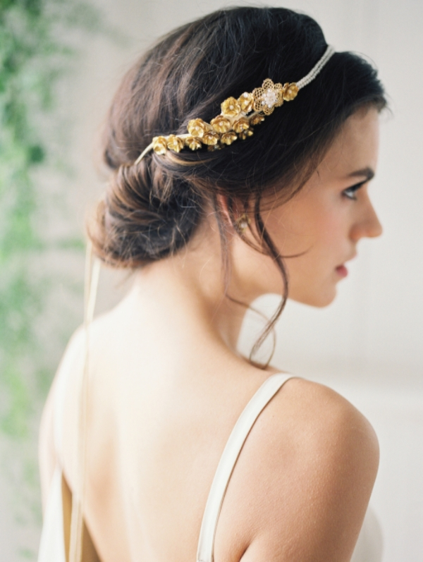 wedding day hair accessories and bridal hair ideas
