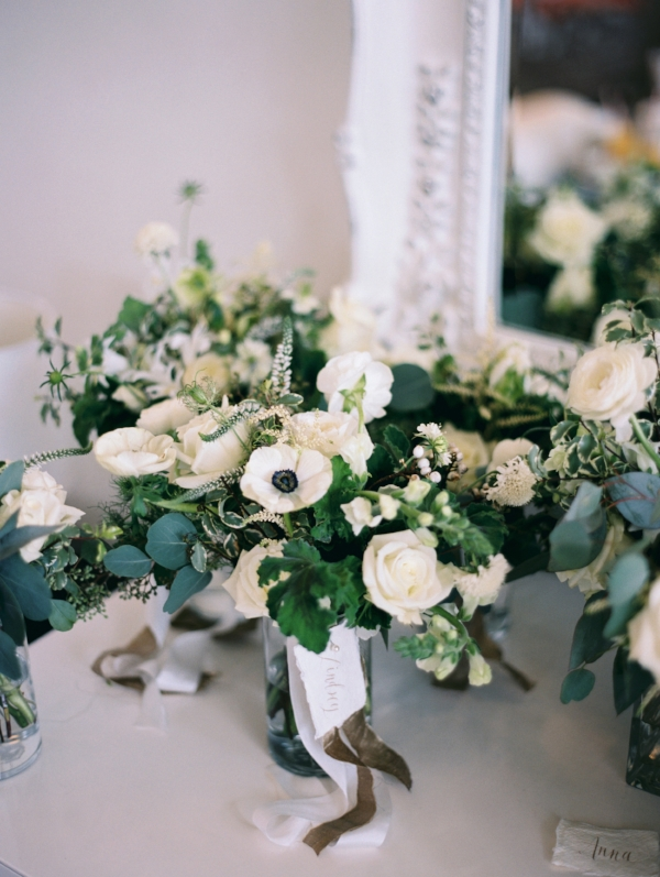 Sophisticated white and green wedding flowers in chicago at room winter wedding bouquet with white and green flowers like ranunculus garden roses berries mightylinksfo