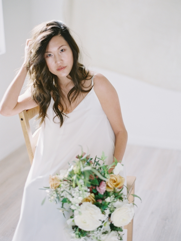 Las Vegas Modern and Minimal Desert Wedding Flower Inspiration with Japanese Ranunculus and Hellebores by Foraged Floral