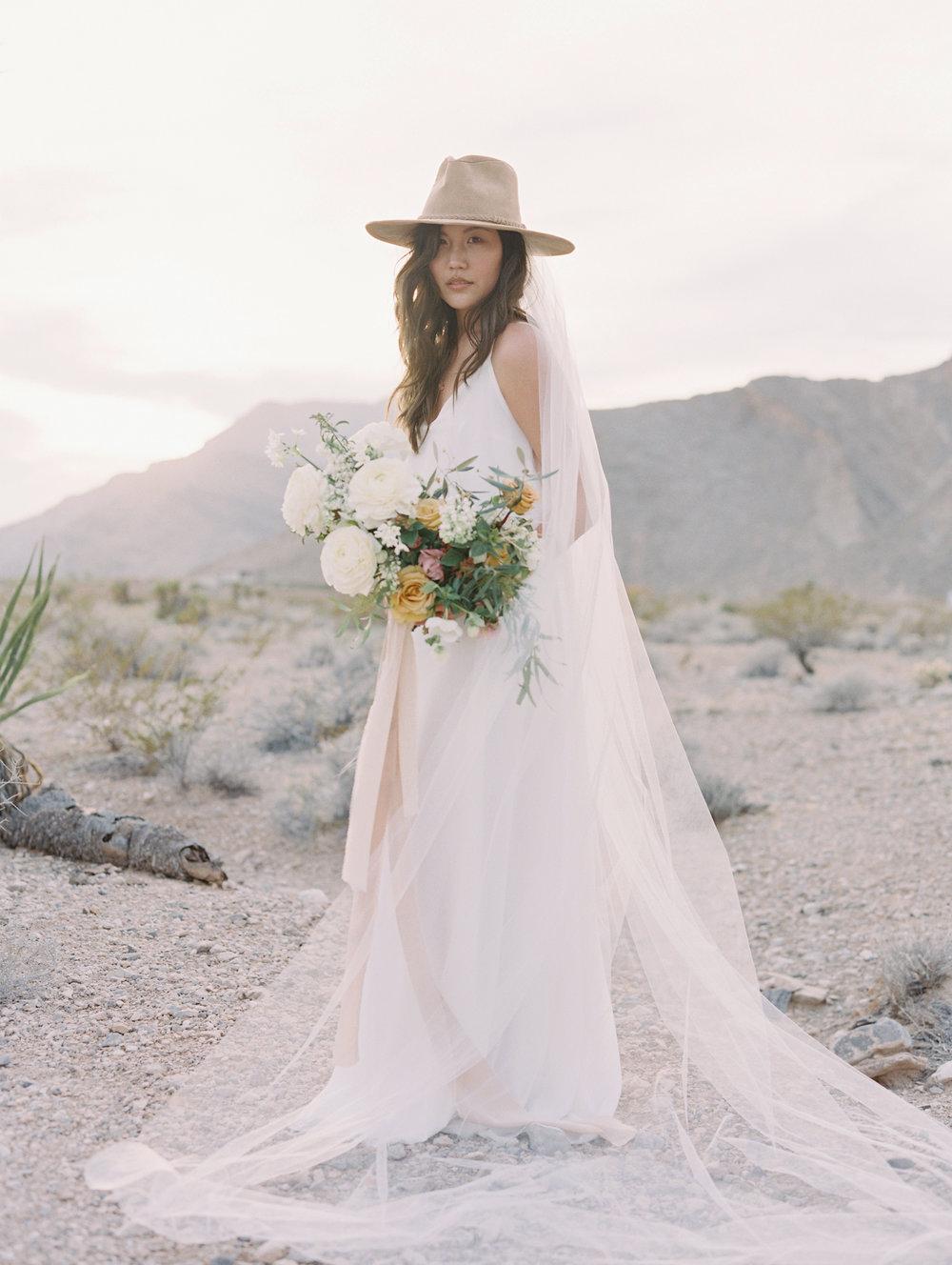 las vegas wedding florist.jpg
