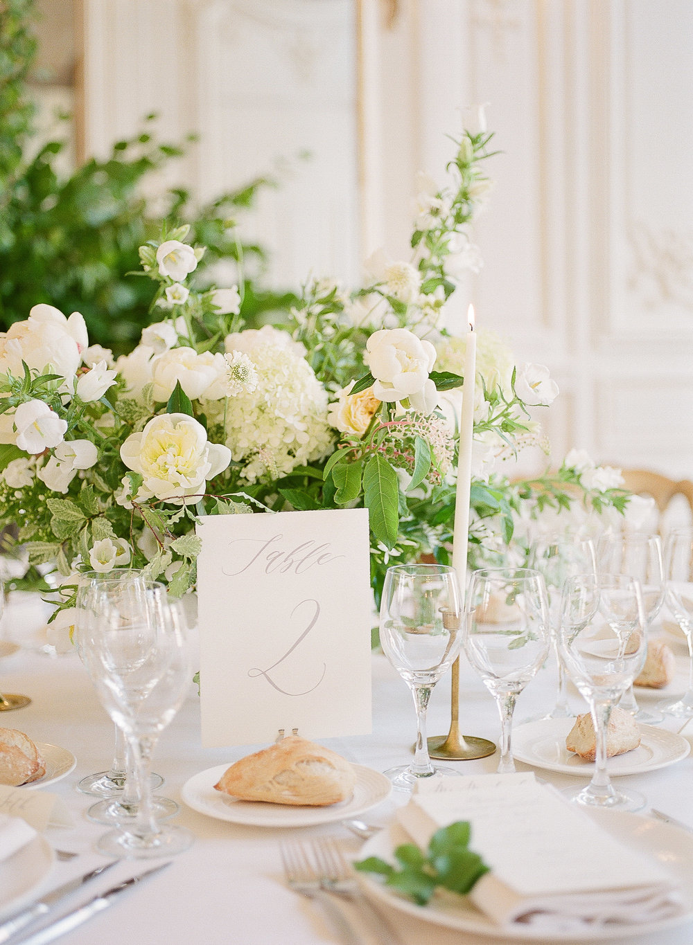 paris-wedding-florist-white-and-green-wedding-flowers-france-florist.jpg