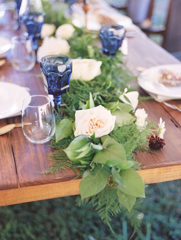 Gardenesque white and greenery summer wedding flowers by Foraged Floral for outdoor private estate wedding in Portland, Oregon