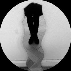 mirror circle.png