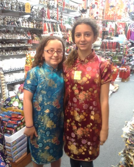 Kirsten and Sam models some traditional 旗袍.