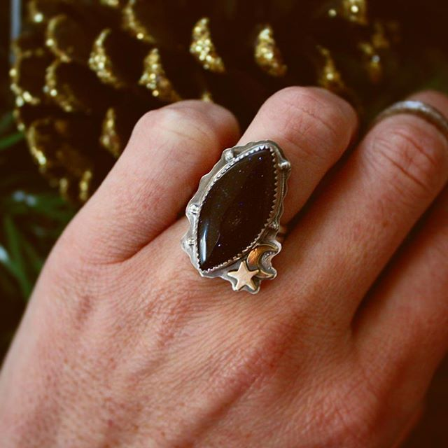 Loving this dark navy galaxy beauty! Hope you all had a great, relaxing holiday and are gearing up for an incredible 2019! . . . . #ladysmith #silversmith #goddess #luna #galaxy