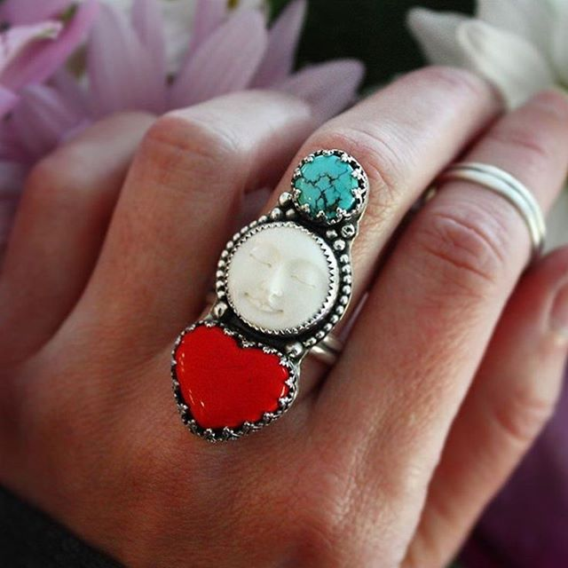 Throwback to this incredible trio piece that I created back in May of this year! I was completely dazzled by this color combo then and I have to say— I still am! What is your favorite color combo in multi-stone rings? . . . #goddess #ladysmith #silversmith #sterlingsilver #jotd #handmade #handcrafted #artisanjewelry #moon #luna