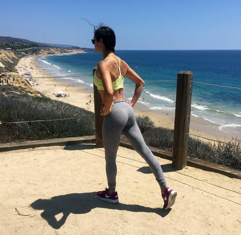 jolisa_yoga_posture3.jpg
