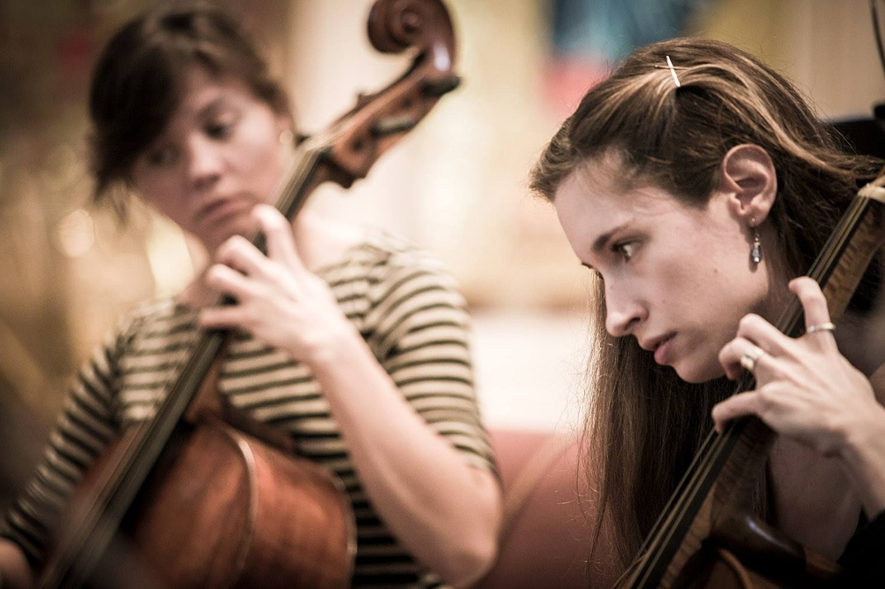 Mikala Schmitz and Heather Vorwerck, cellists