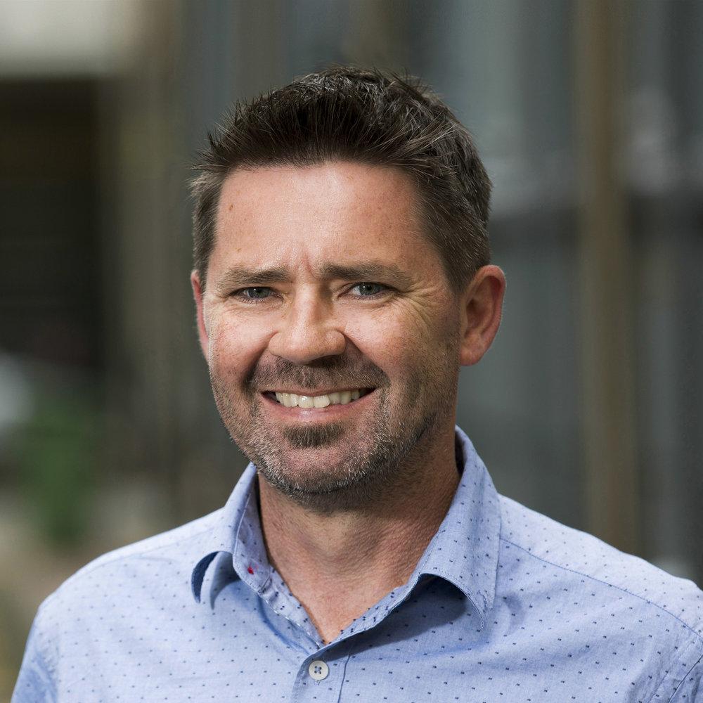Stuart McKechnie Associate