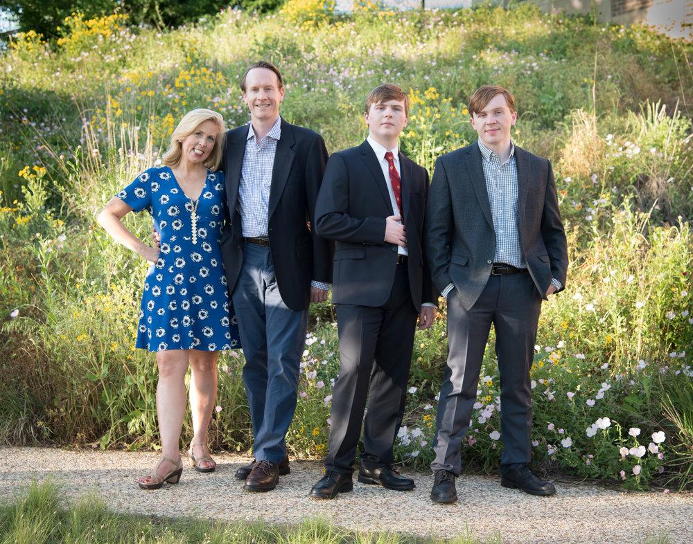 Thompson family-2.jpg