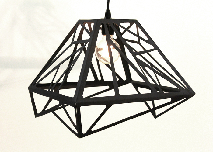 Hanging Metal Lamp