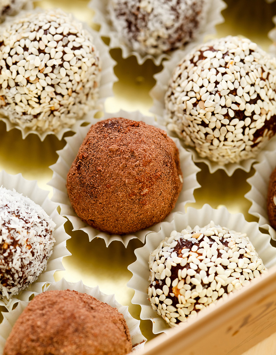 vegan bliss balls, energy bites