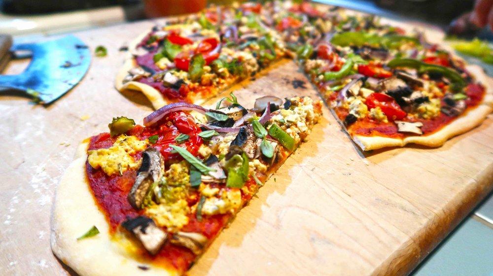 pizza healthy Italian tofu cheese