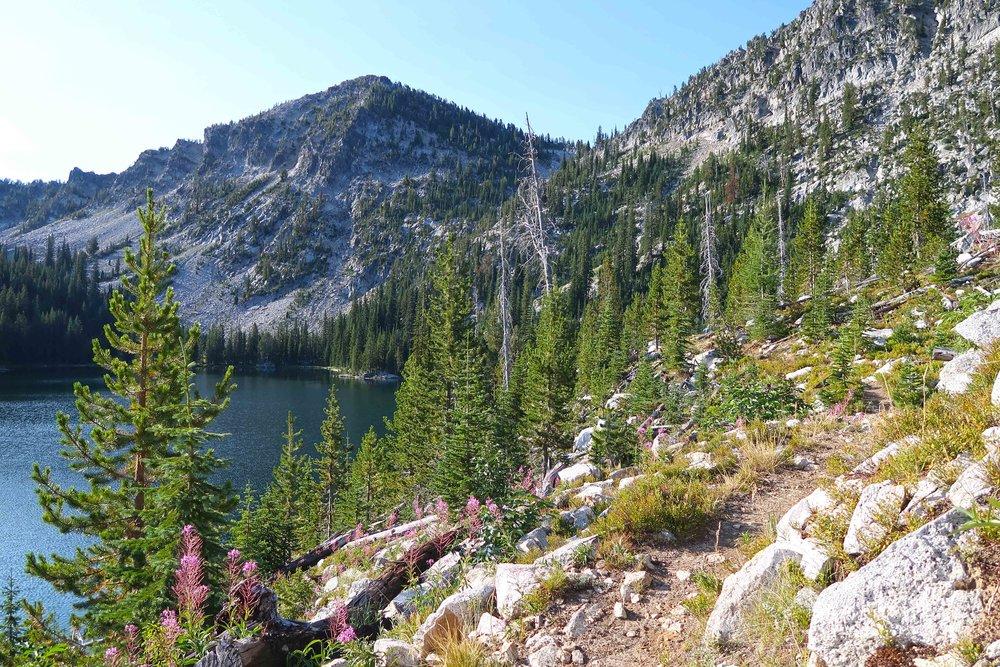 17-8-19-Elkhorn Crest 50-mountain lake-small.jpg