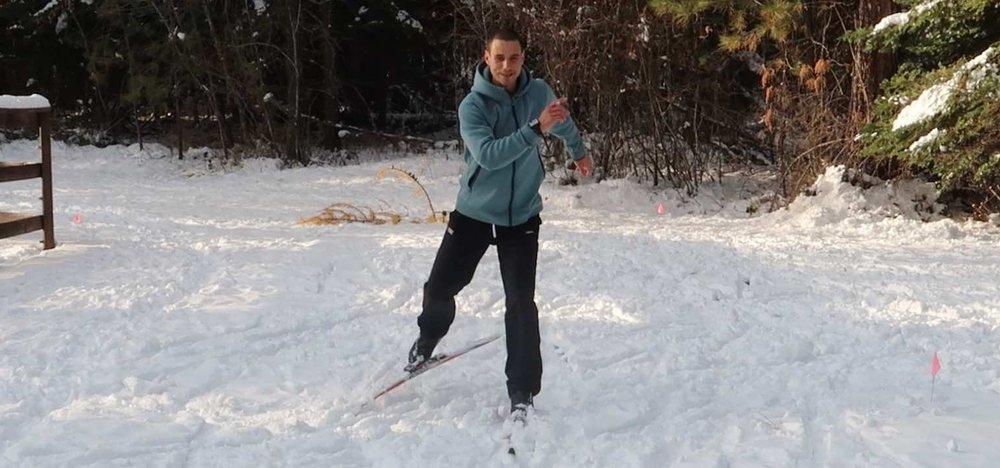 Skate ski Gwen.jpg