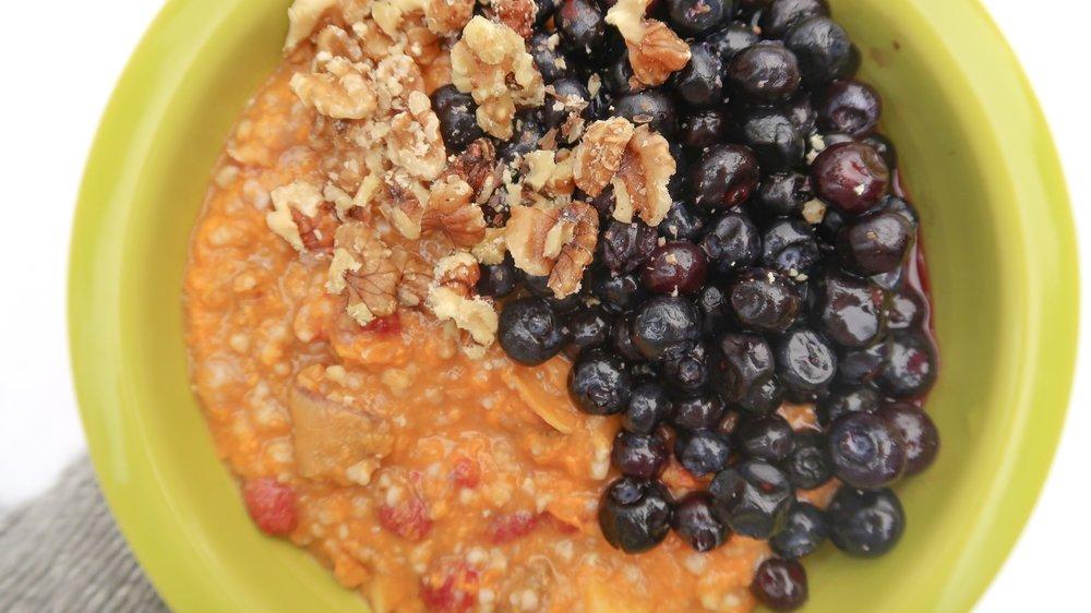 food - breakfast bowl oats yam berries walnuts__4414-WEB.jpeg