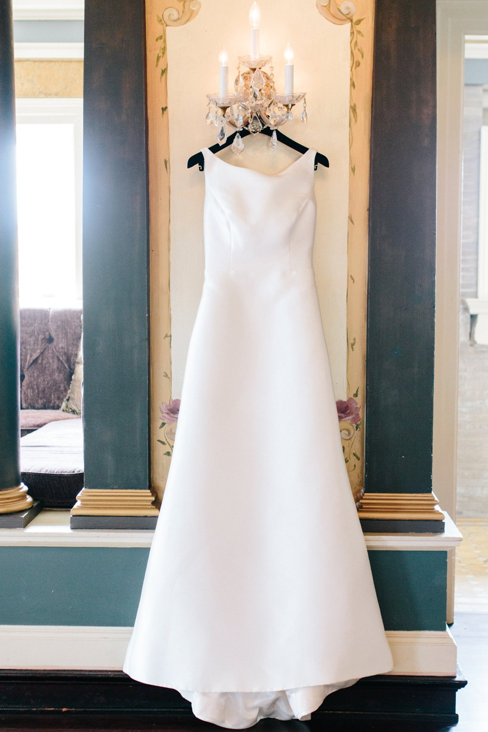Sabrina Reis Photography | Minneapolis Photography | Barnthouse Wedding_0005.jpg