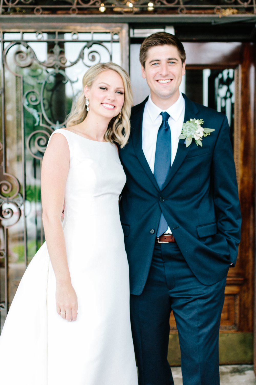 Sabrina Reis Photography | Minneapolis Photography | Barnthouse Wedding_0012.jpg